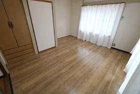 https://image.rentersnet.jp/d6c6ae4d-2ee3-428a-9ff8-ef6850b4fe11_property_picture_957_large.jpg_cap_居室