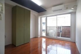 3Dアパートメント 303号室