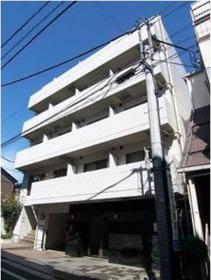 下高井戸駅 徒歩3分エントランス