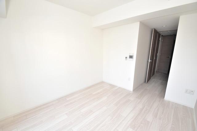 レジュールアッシュOSAKA今里駅前 シンプルな単身さん向きのマンションです。