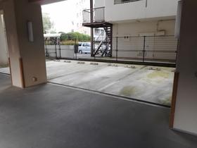 ライオンズマンション本厚木第3駐車場