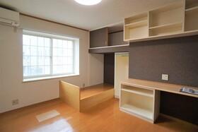 https://image.rentersnet.jp/d7b76cdf-843f-4650-9926-6ae327aca173_property_picture_956_large.jpg_cap_居室