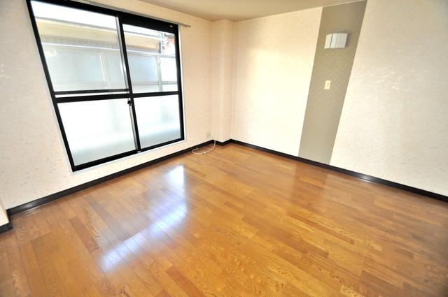 CTビュー八戸ノ里 明るいお部屋はゆったりとしていて、心地よい空間です