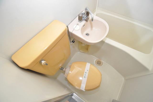 アルハウス諏訪 シャワー1本で水回りが簡単に掃除できますね。