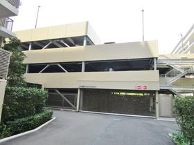 プラウドシティ南山駐車場