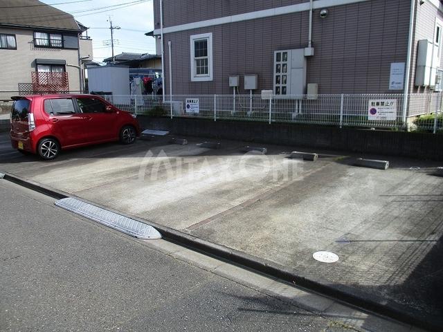 クラベールツー(クラベール2)駐車場