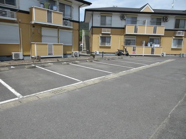 エルディムボナール A駐車場