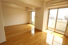 https://image.rentersnet.jp/d9468d5b-4cc8-4910-bf89-828c29d12652_property_picture_958_large.jpg_cap_居室