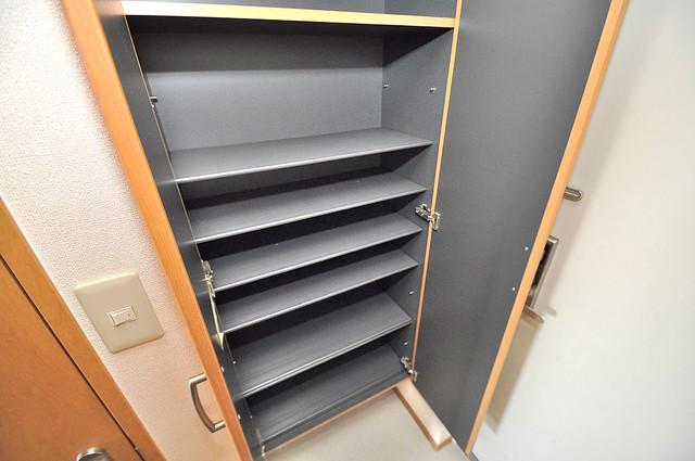 ウォンテ 玄関には大容量のシューズボックスがありますよ。