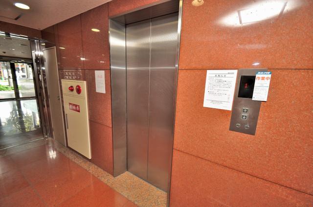 サンモール エレベーター付き。これで重たい荷物があっても安心ですね。