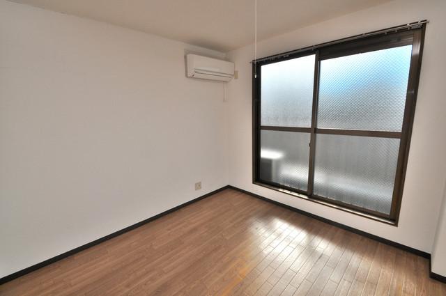コボックス 解放感たっぷりで陽当たりもとても良いそんな贅沢なお部屋です。