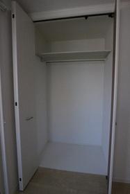 LEORIUS 201号室