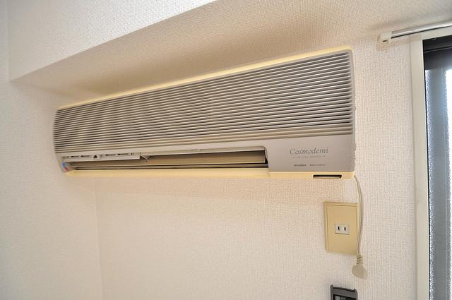 コシベ八戸ノ里 エアコンが最初からついているなんて、本当に助かりますね。