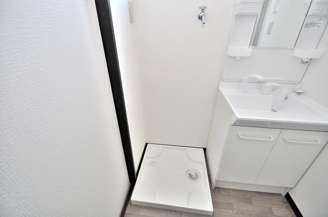 みおつくし布施 嬉しい室内洗濯機置場。これで洗濯機も長持ちしますね。