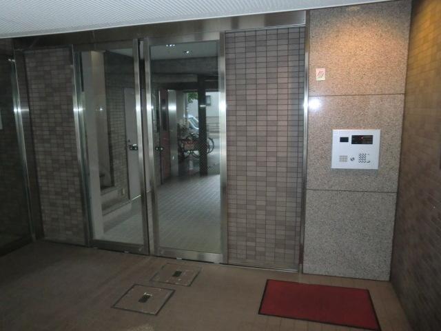 東武練馬駅 徒歩8分エントランス