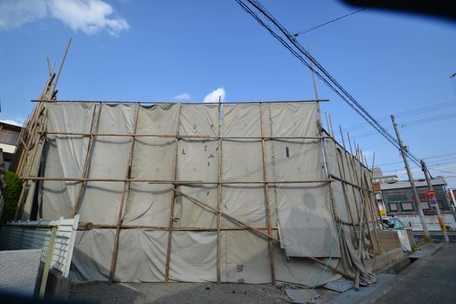 尼崎市三反田町3丁目の賃貸マンション