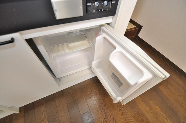 ボーリバージュ 嬉しいミニ冷蔵庫付きです。家電代1つ分浮きましたね。