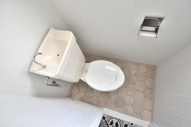 ヒューマニティプラザ 清潔感たっぷりのトイレです。入るとホッとする、そんな空間。
