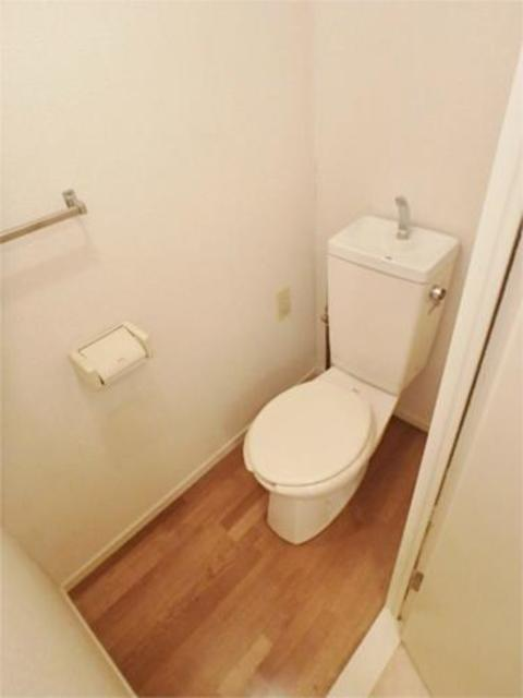 諏訪ハイム13トイレ