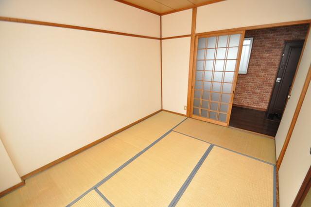 ハイグレード巽 6畳の和室が癒しの空間となりますね。