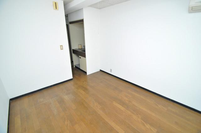 プレアール菱屋西 シンプルな単身さん向きのマンションです。