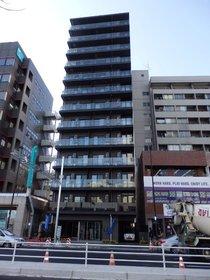 東新宿駅 徒歩1分の外観画像