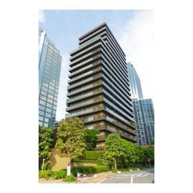 西新宿パークサイドタワー外観