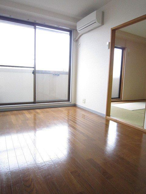 二俣川駅 徒歩2分居室