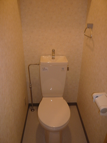 ファミーユ 306号室