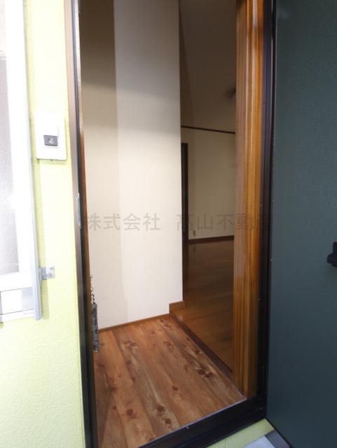 https://image.rentersnet.jp/dca4d3c5-6853-4a55-a344-55001a29e066_property_picture_3193_large.jpg