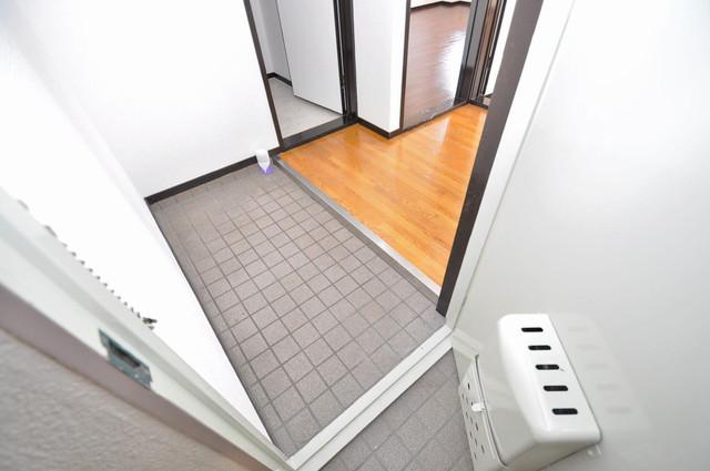 カメリア俊徳道 玄関から部屋が見えないので急な来客でも安心です。
