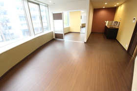 https://image.rentersnet.jp/dd0d9253-520e-4217-b2cb-60b737806560_property_picture_958_large.jpg_cap_居室