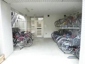 スカイコート板橋弐番館駐車場
