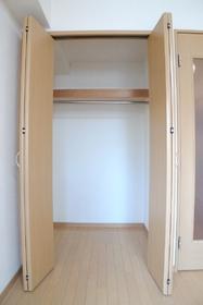 ローズハイツ 202号室