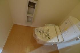 アブニール多摩HS 201号室