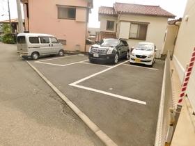 シリウス駐車場