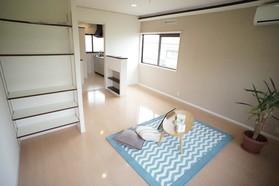 https://image.rentersnet.jp/ddda2f04-d94c-464f-9a7c-cb36b2e77ee7_property_picture_956_large.jpg_cap_居室