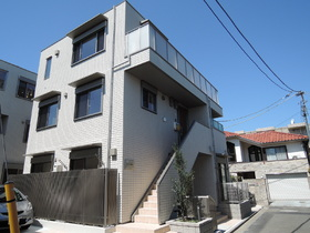 ドミトリーノ駒沢Eの外観画像