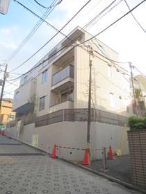 東北沢駅 徒歩13分の外観画像