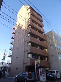 https://image.rentersnet.jp/de0c1523-7d30-43ab-94c6-6b8677e6d6d3_property_picture_2418_large.jpg_cap_外観