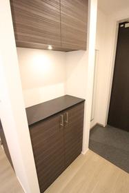 ネオフラッツワン 305号室