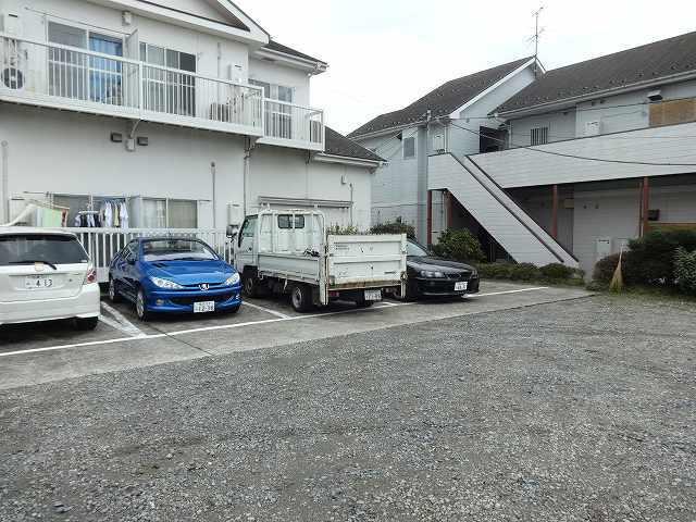 グレースハイツⅠ駐車場