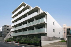 エスティメゾン東新宿の外観画像