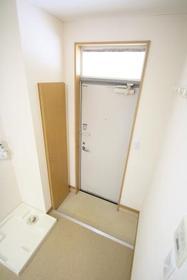 https://image.rentersnet.jp/deac1c25-4157-4263-b358-e702a75cee1c_property_picture_2988_large.jpg_cap_玄関
