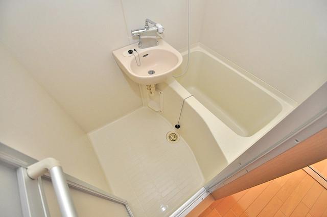 ロータリーマンション長田東 ゆったりと入るなら、やっぱりトイレとは別々が嬉しいですよね。