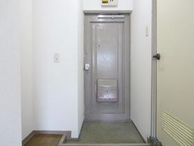 玄関周りはこのようになっています。