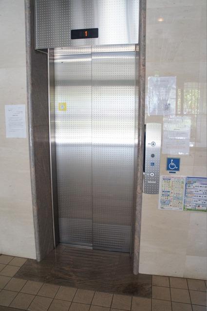 エレベーター♪