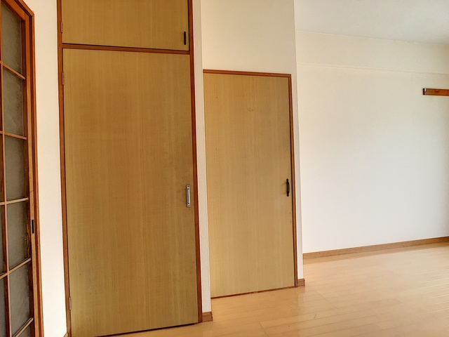https://image.rentersnet.jp/df76d2f8-f2d3-4650-b426-99a022b52b8c_property_picture_3193_large.jpg