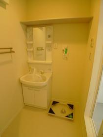 シャーメゾン・ルミエ 102号室