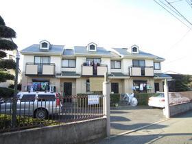 湘南パッソーラ戸建感覚のテラスハウス。平成25年11月に外壁塗装済。